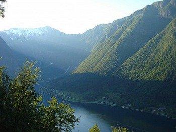 near-balestrand-sognefjord.jpg