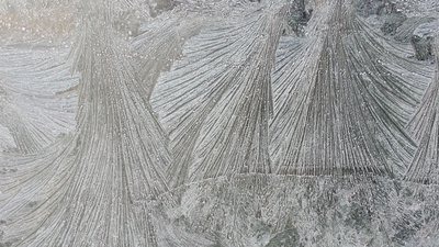 frozen-crystals.png